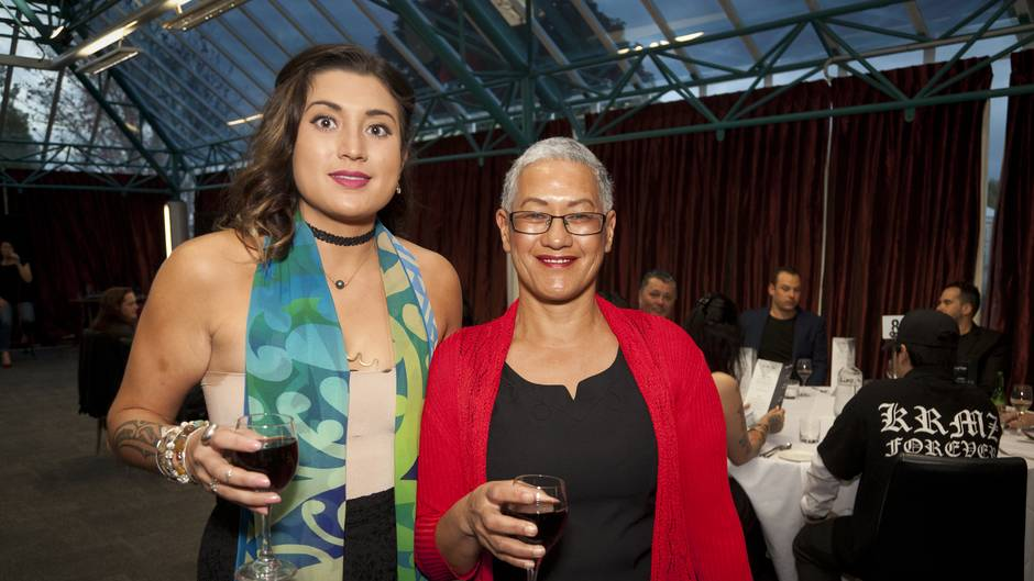 (l-r) Irimena Sellers and Taitimu Sellers. Fundraising dinner for the homeless at BOP Polytechnic.  Photo/Andrew Warner