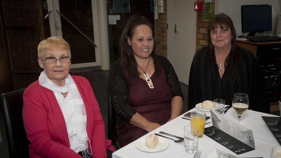 (l-r) Margaret Thurgood, Jodyanne Stevens, and Sylvia Manhire. Fundraising dinner for the homeless at BOP Polytechnic.  Photo/Andrew Warner