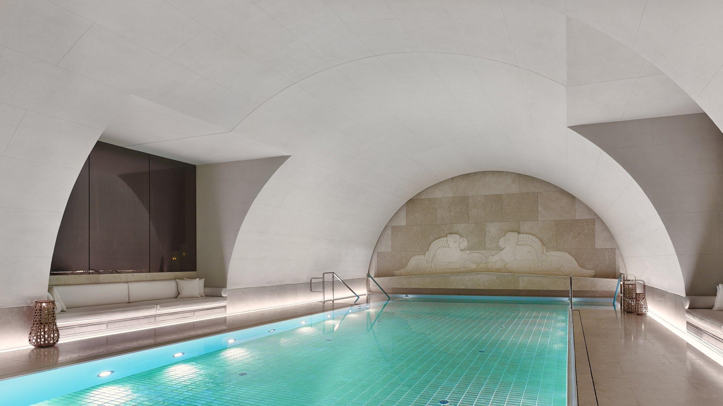 Swimming Pool Arany Spa-min.jpg