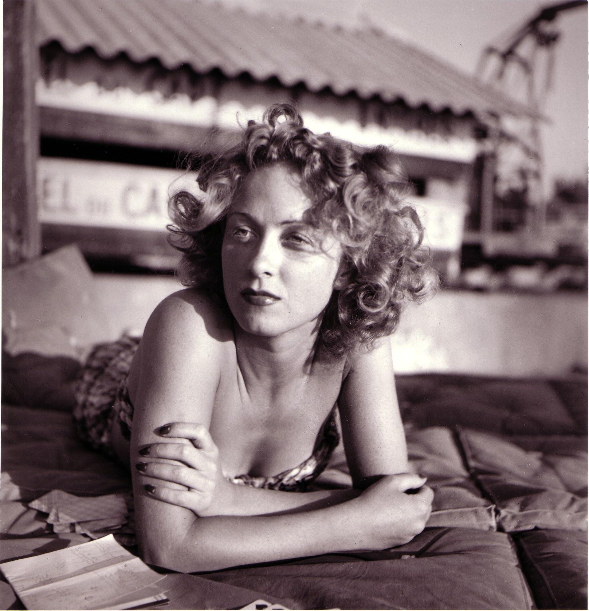 Danielle, Eden Roc, August 1941