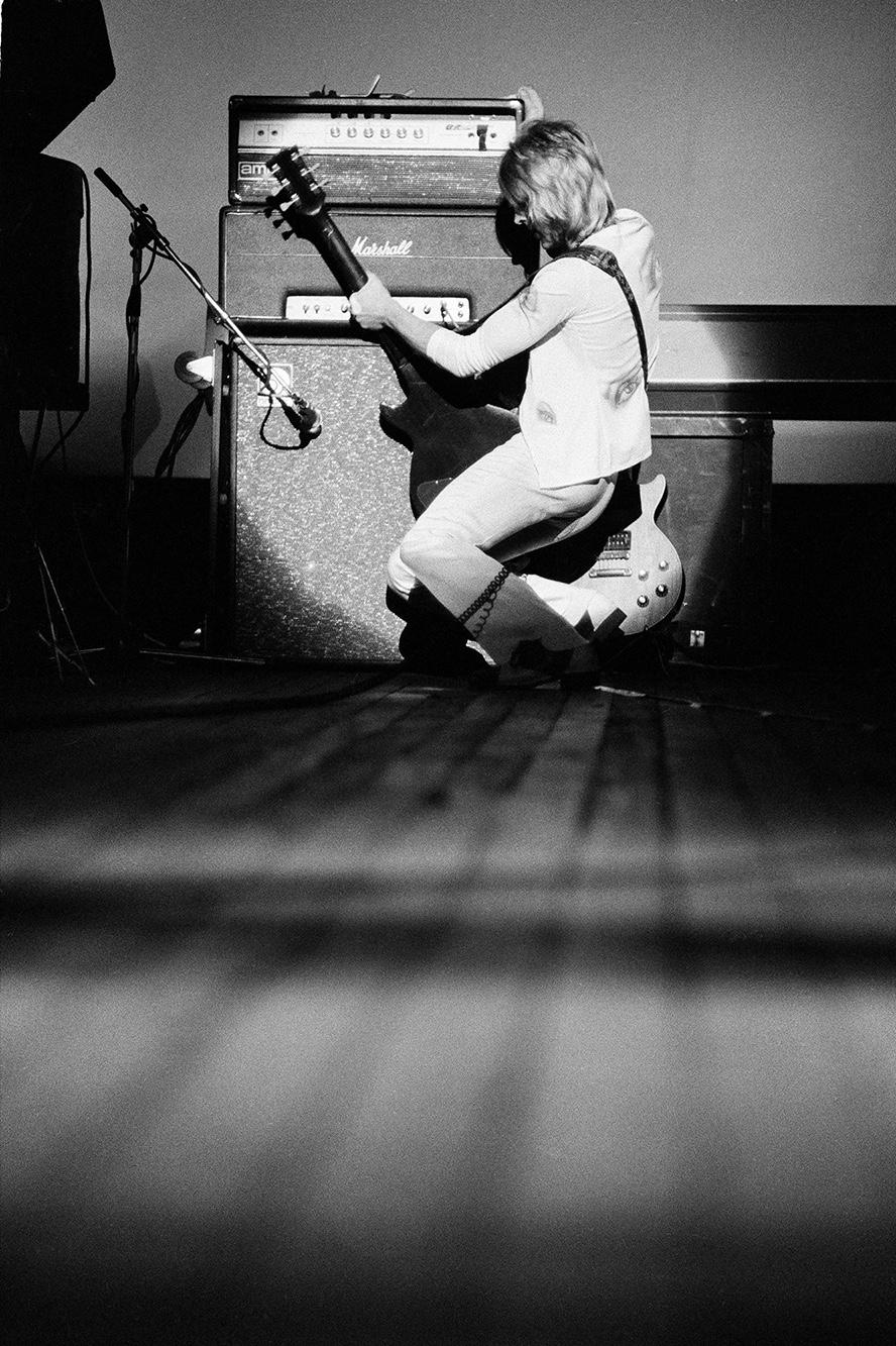 Mick Ronson, playing with Ian Hunter as the Hunter Ronson Band, 1975
