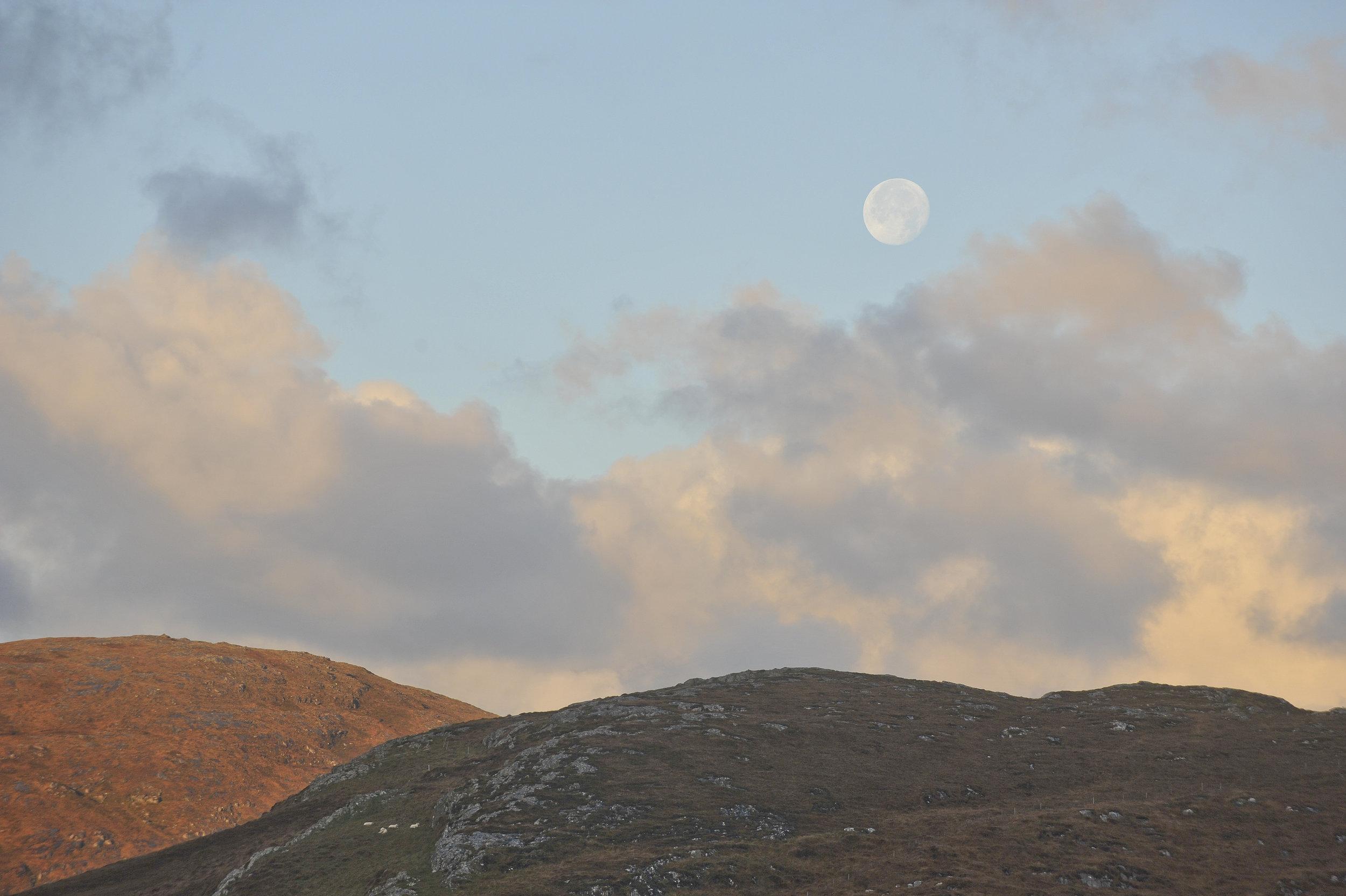 Full moon on Barra