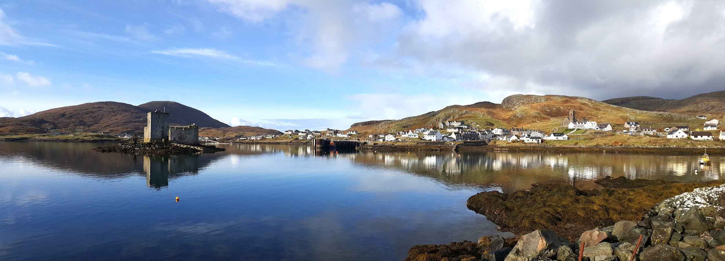 Panorama of Castlebay with Kismul Castle