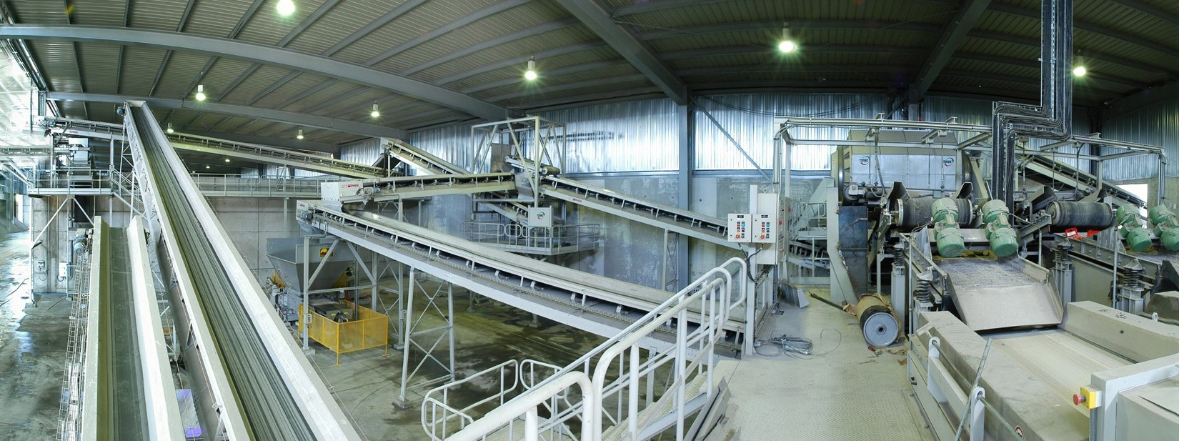 energy from waste facility recycling conveyor belts