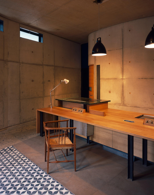 walmer-yard-architecture-residential-peter-salter-uk_dezeen_2364_col_7.jpg
