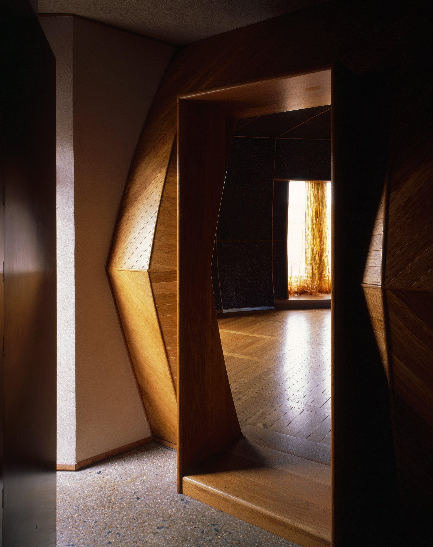 walmer-yard-architecture-residential-peter-salter-uk_dezeen_2364_col_8.jpg