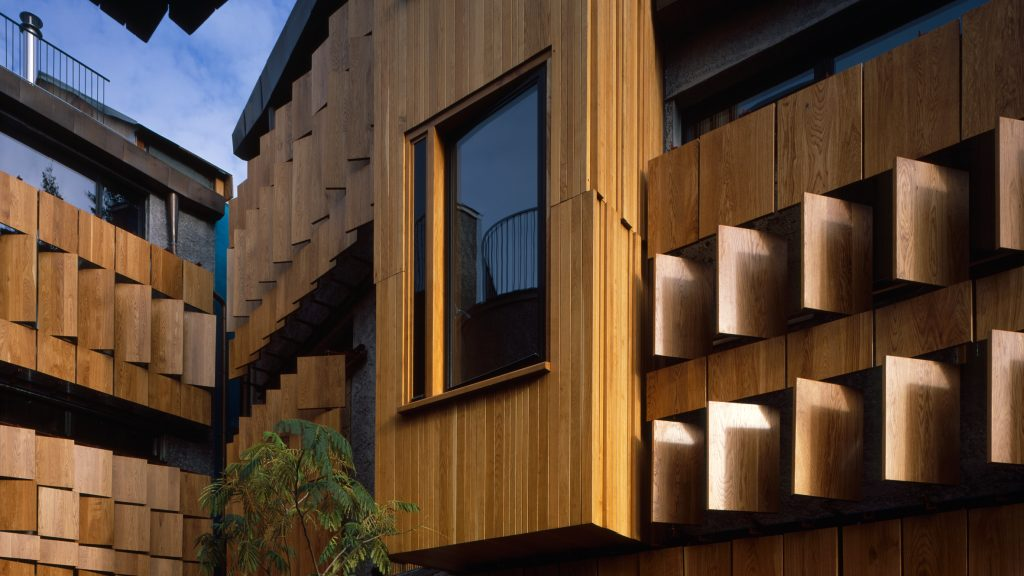 walmer-yard-architecture-residential-peter-salter-uk_dezeen_hero-1024x576.jpg