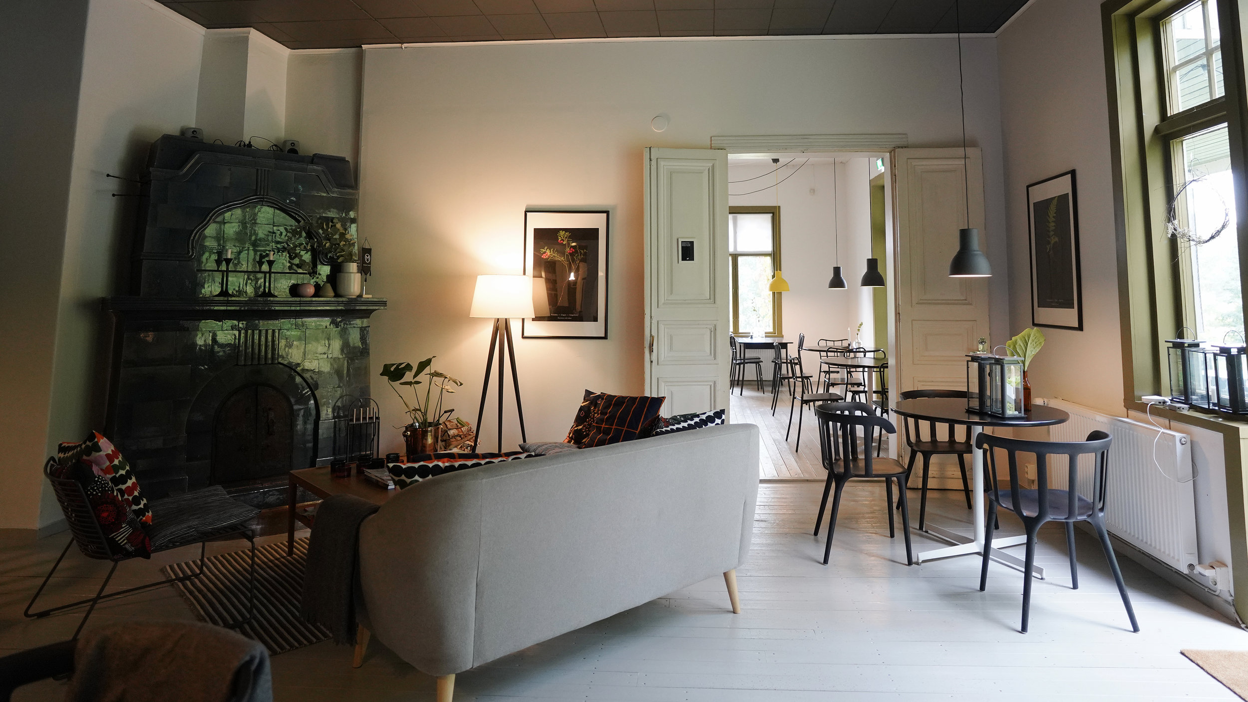 Cafe Monami Kahvila-sali 3