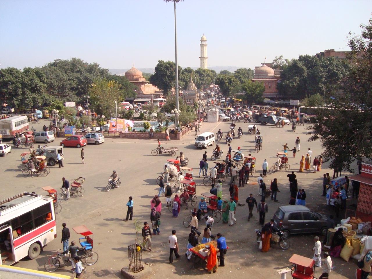 Indian street scene.jpg