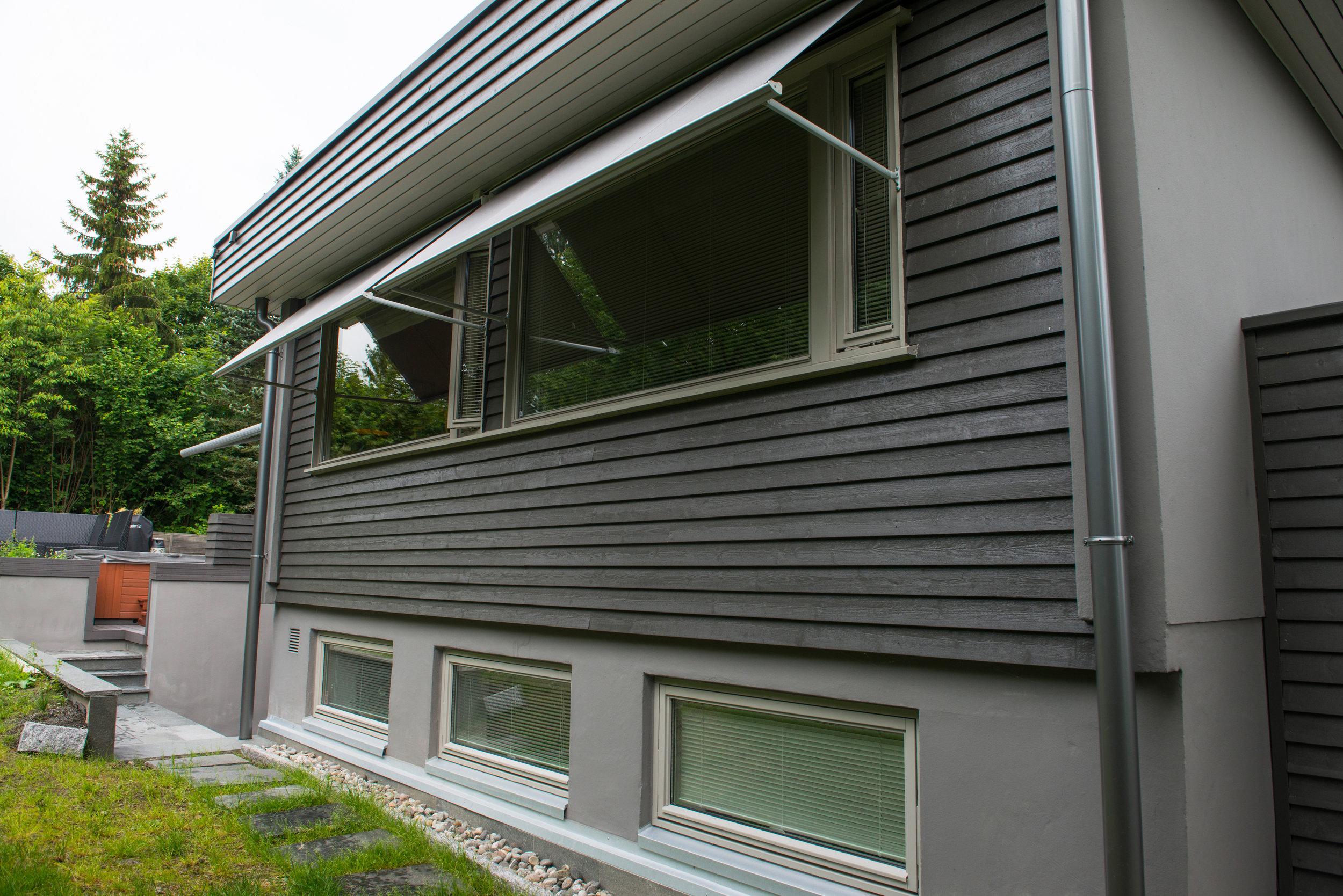 window+awning+(1)-1.jpg