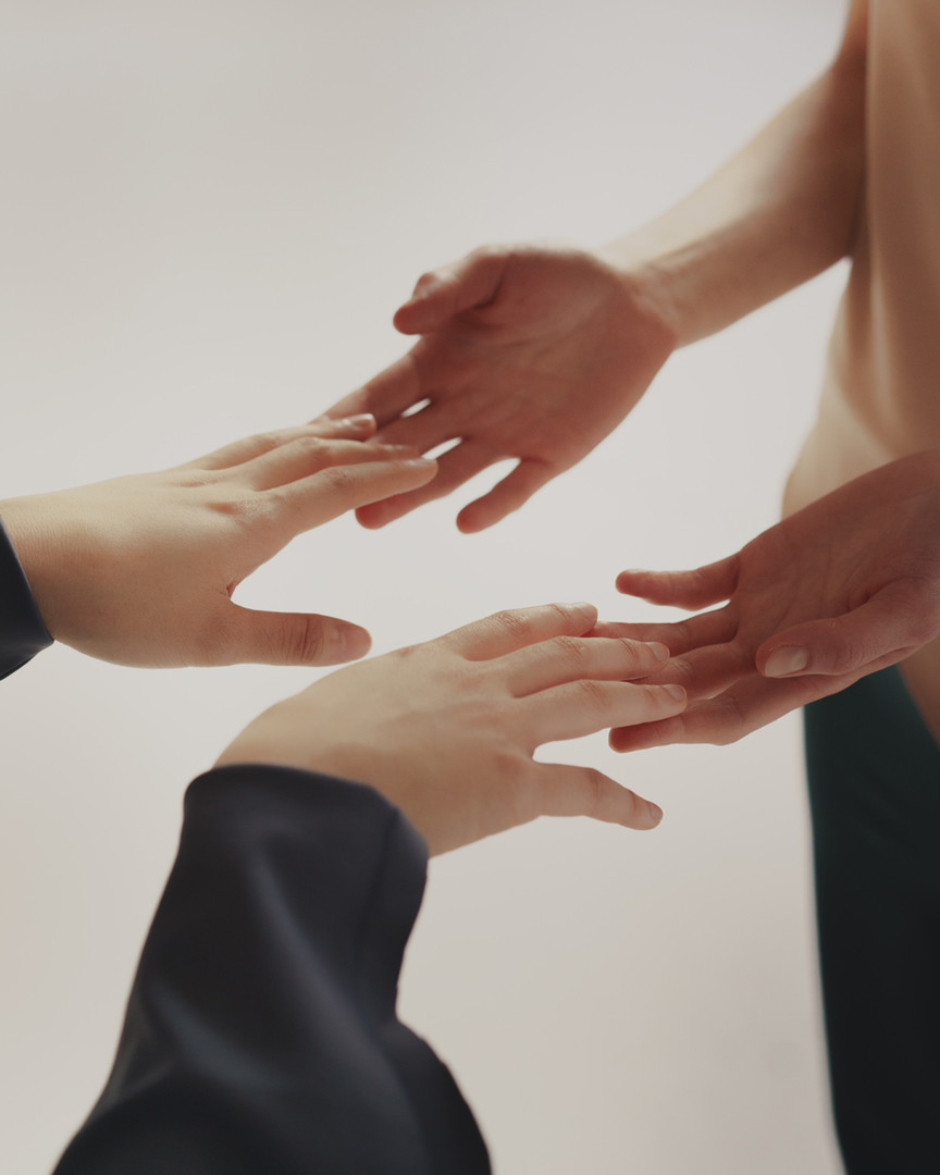Photo 2 hands_resting_on_each_other.jpg
