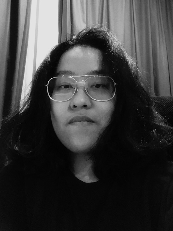 Jan Mantanakorn - Jan is an award-winning commercial director based in Bangkok. She specializes in beauty and fashion, and her cinematic and sophisticated style is admired by global brands such as Samsung, Shiseido, TRESemme, VIVO, Sephora, Rexona, and others