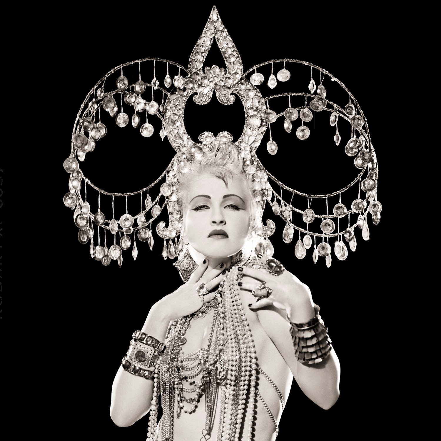 """LA Fashion Festival 2019 Debuts Matthew Rolston's """"Hollywood Royale: Out of the School of Los Angeles"""" as a First-Ever Untethered Virtual Reality Gallery Experience, Presented by The Mill - Matthew Rolston, Cyndi Lauper, Headdress, Los Angeles, 1986, from the series"""