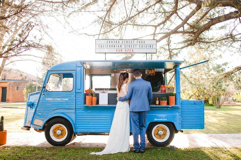 Food trucks are the perfect antidote to a formal sit down meal. No table plan to worry about, no stress! Image taken from  Rock My Wedding