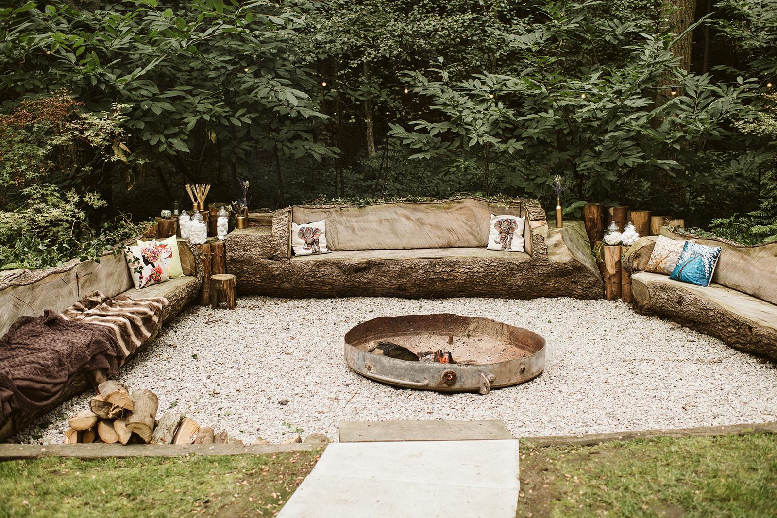 Woodland wedding at Longton Woods in Kent