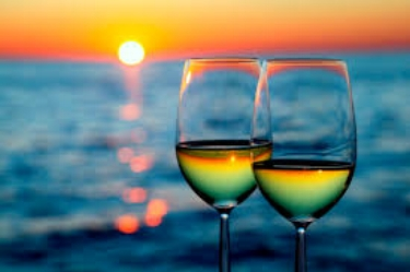 beach-wine.jpeg