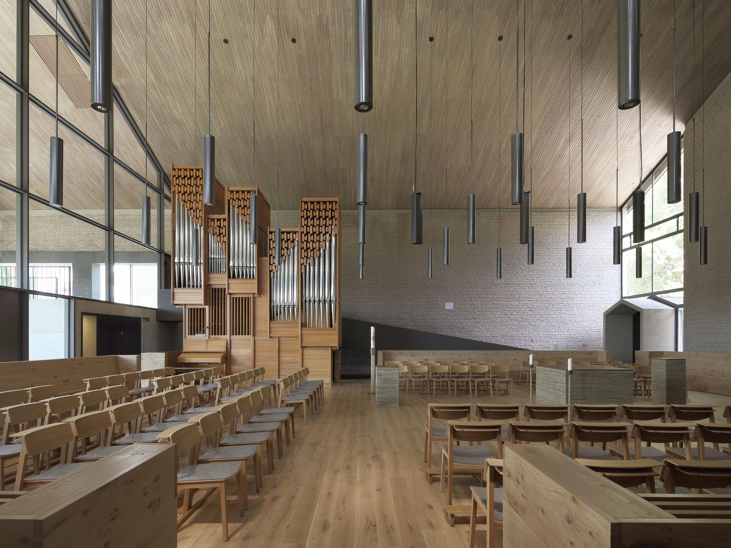 Internal view facing the organ
