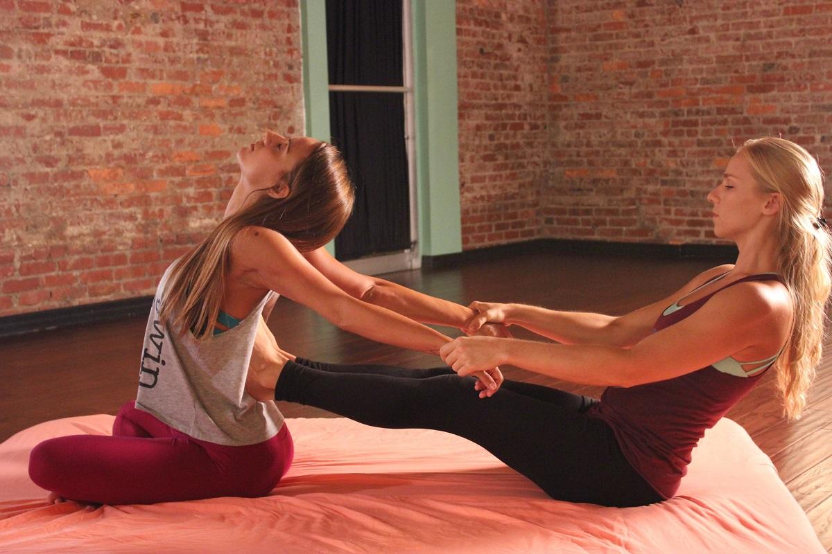 thai-massage_tutorial_yoga.jpg