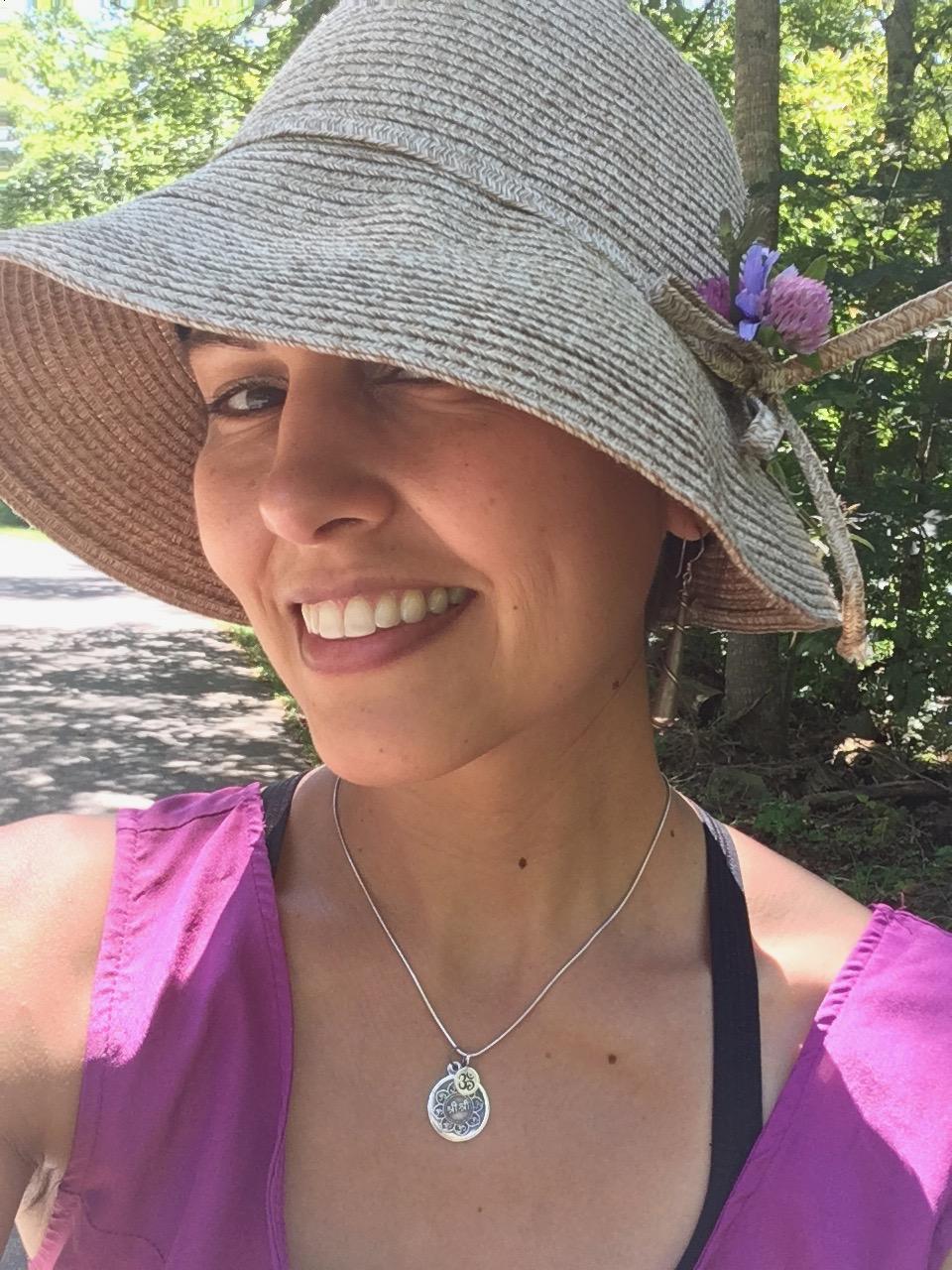 Lauren Mellone, Queen of the Inbetween
