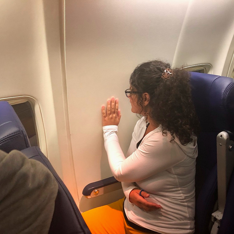 On our way back from  Birdies and Butterflies  Chelsea discovered that her window seat wasn't all it was promised to be! She chose humor as well!