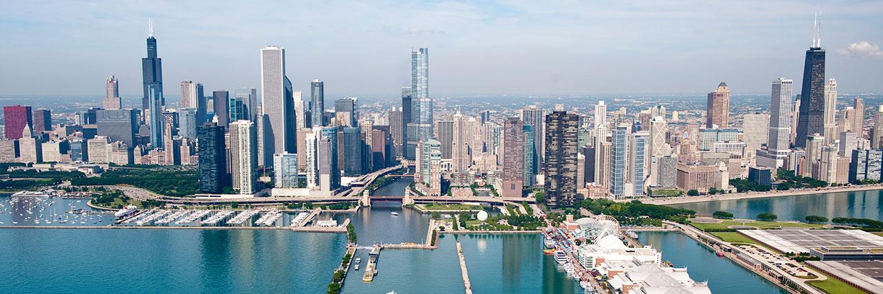 Hyatt-Place-Chicago-Downtown-The-Loop-P009-Navy-Pier-Skyline.masthead-feature-panel-medium.masthead-feature-panel-medium.jpg