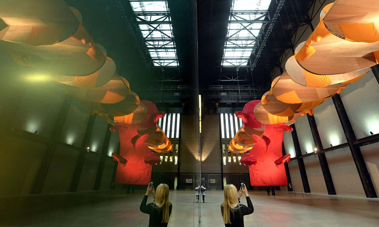 Tuttle in Turbine Hall