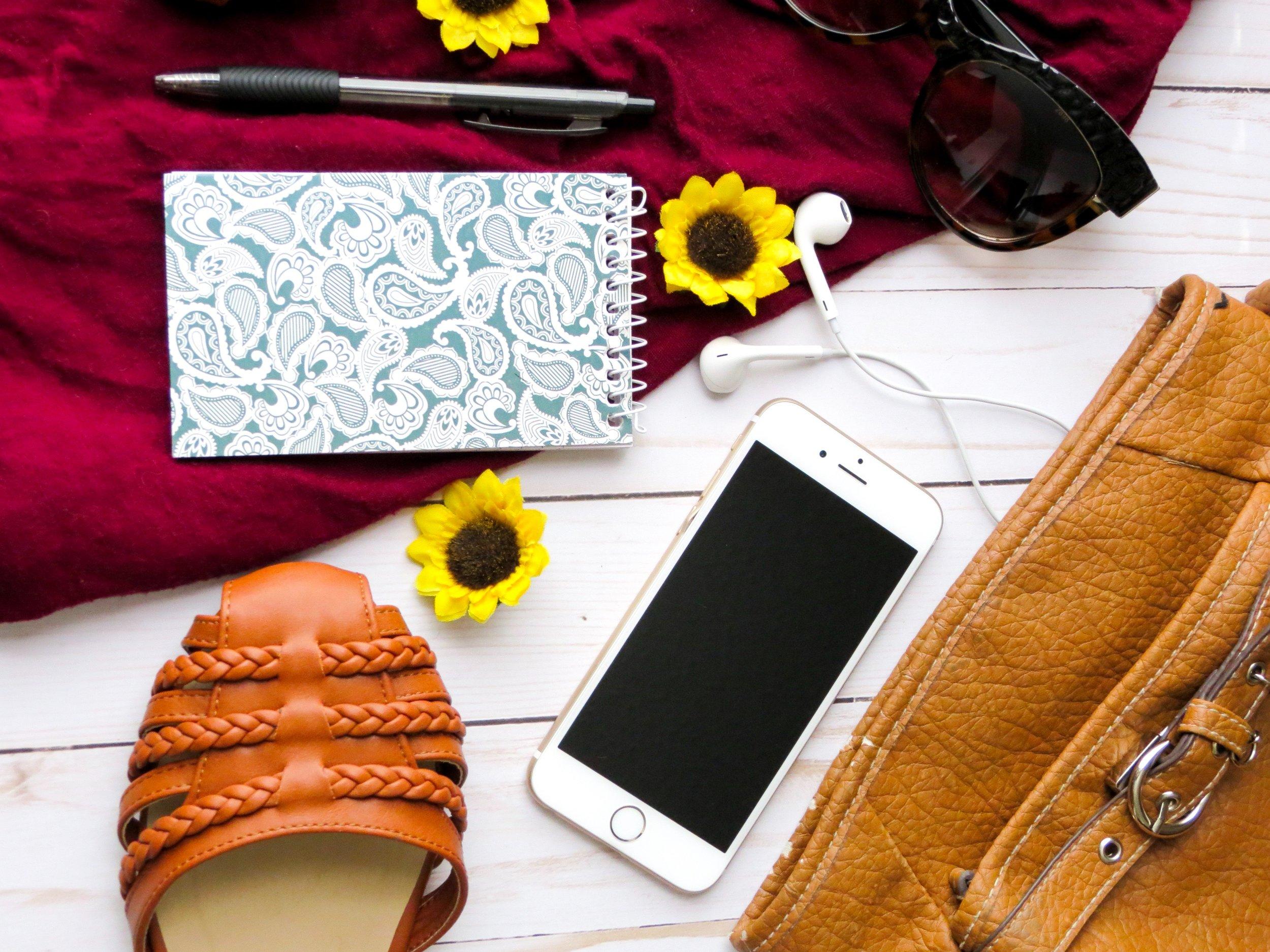 bag-brown-eyewear-426862.jpg