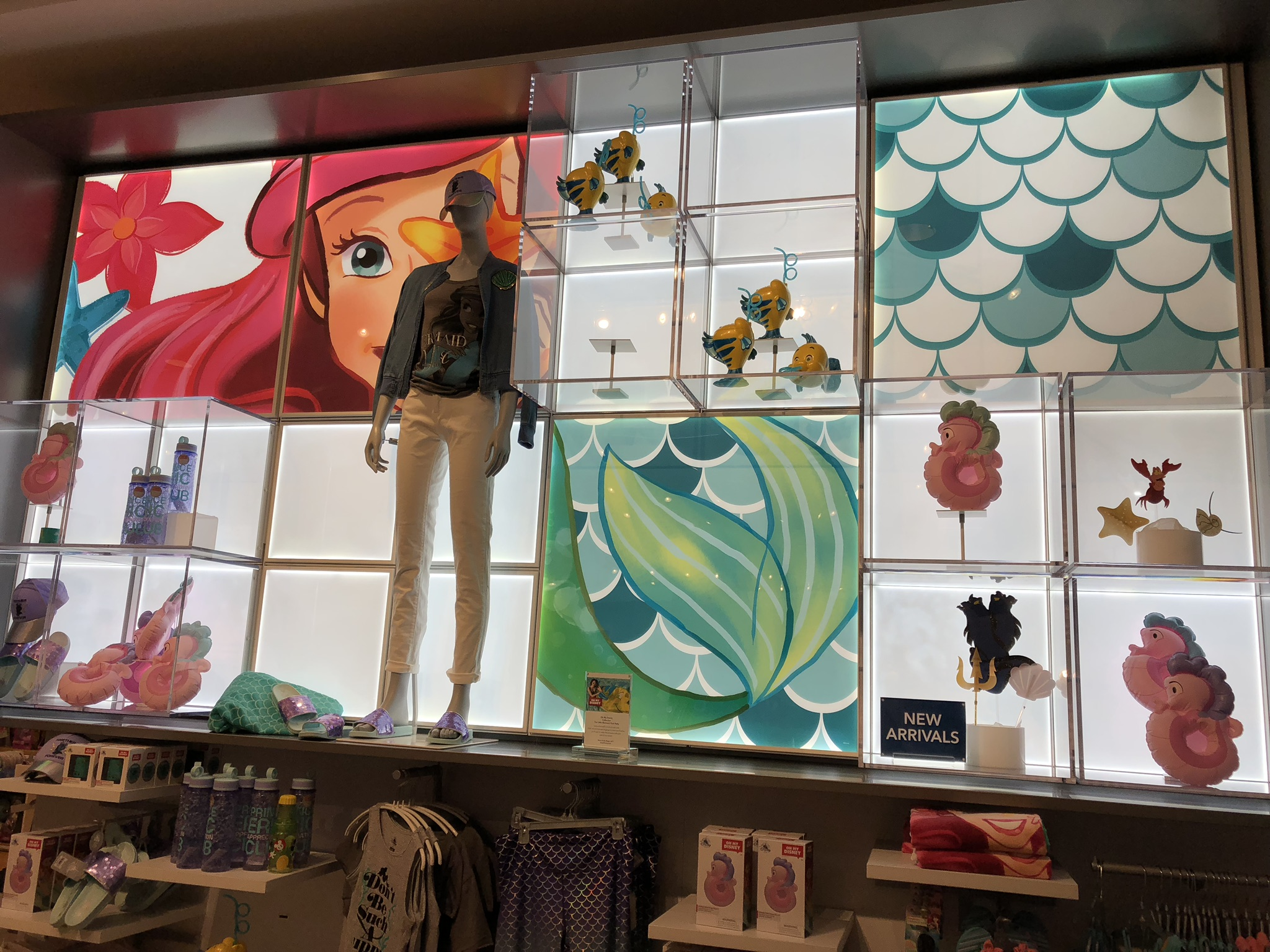 Super cute Ariel display for summer