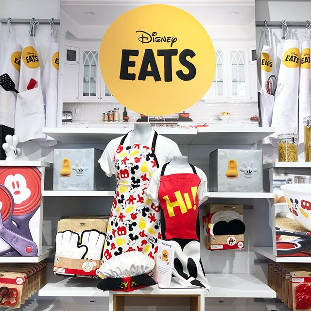 I visited the Disney Store in Northridge, one of Disney's pilot locations for the newly reimagined design! It's much more sleek, modern, and vibrant with more parks products than ever before. I wrote a little more about it and posted some photos today on the blog if you're interested! Link in profile! - Shannon . . . . . #disney #disneycaliforniaadventure #disneycalifornia #dca #instadisney #disneyig #disneyaddict #addictedtodisney #disneyland #smooshdisney #disneygram #disneystore #shopdisney #disneyshopping #disneyparks  #disneyobsessed #shopping #buyallthethings #disneystyle #disneykitchen #disneymerch #northridge #southerncalifornia #design