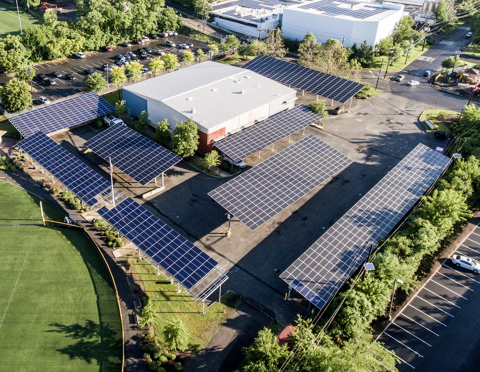 Ecogy's 650 kW solar canopy project for the Lyndhurst Town Recreation Center.