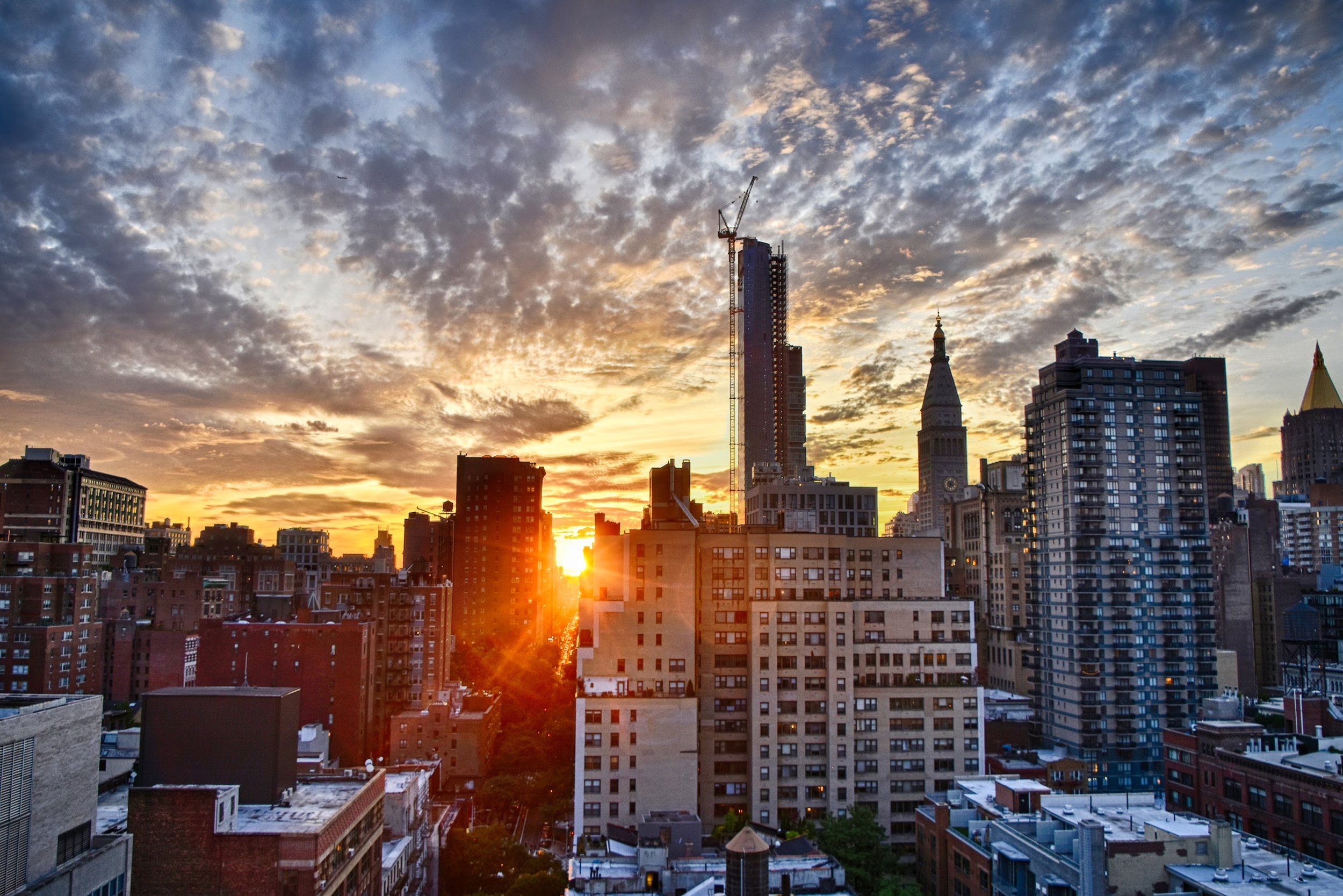 New-York-Sunset-free-to-useiStock-547026148-1.jpg