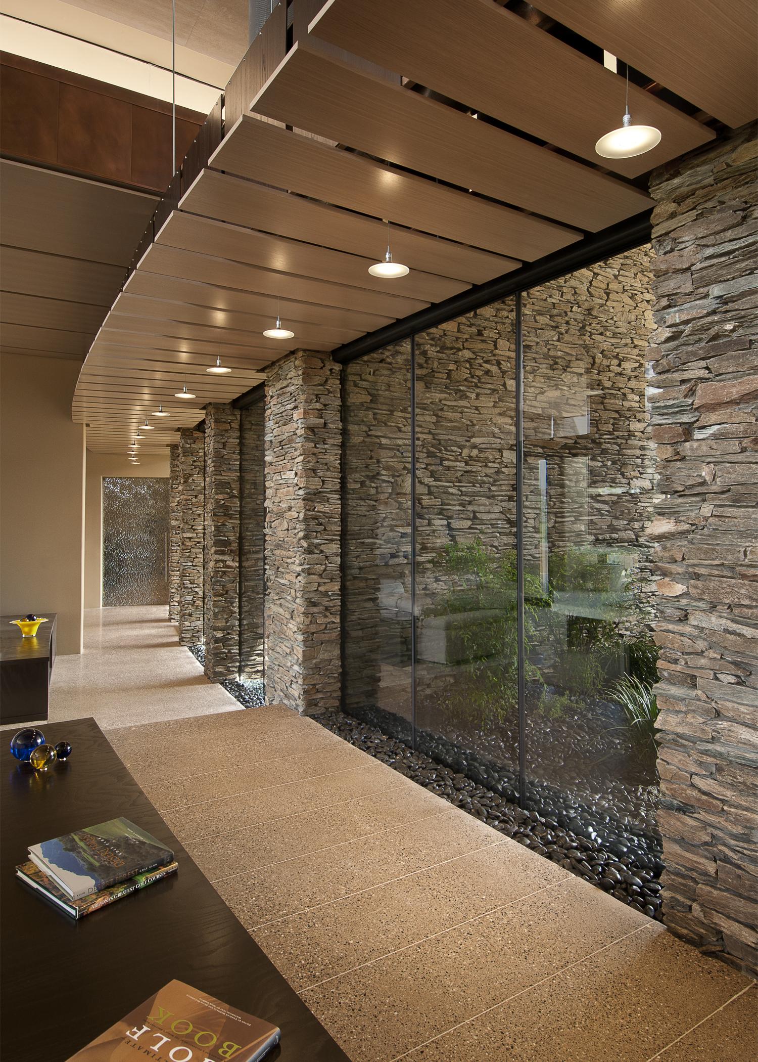 0009 - Hallway.jpg