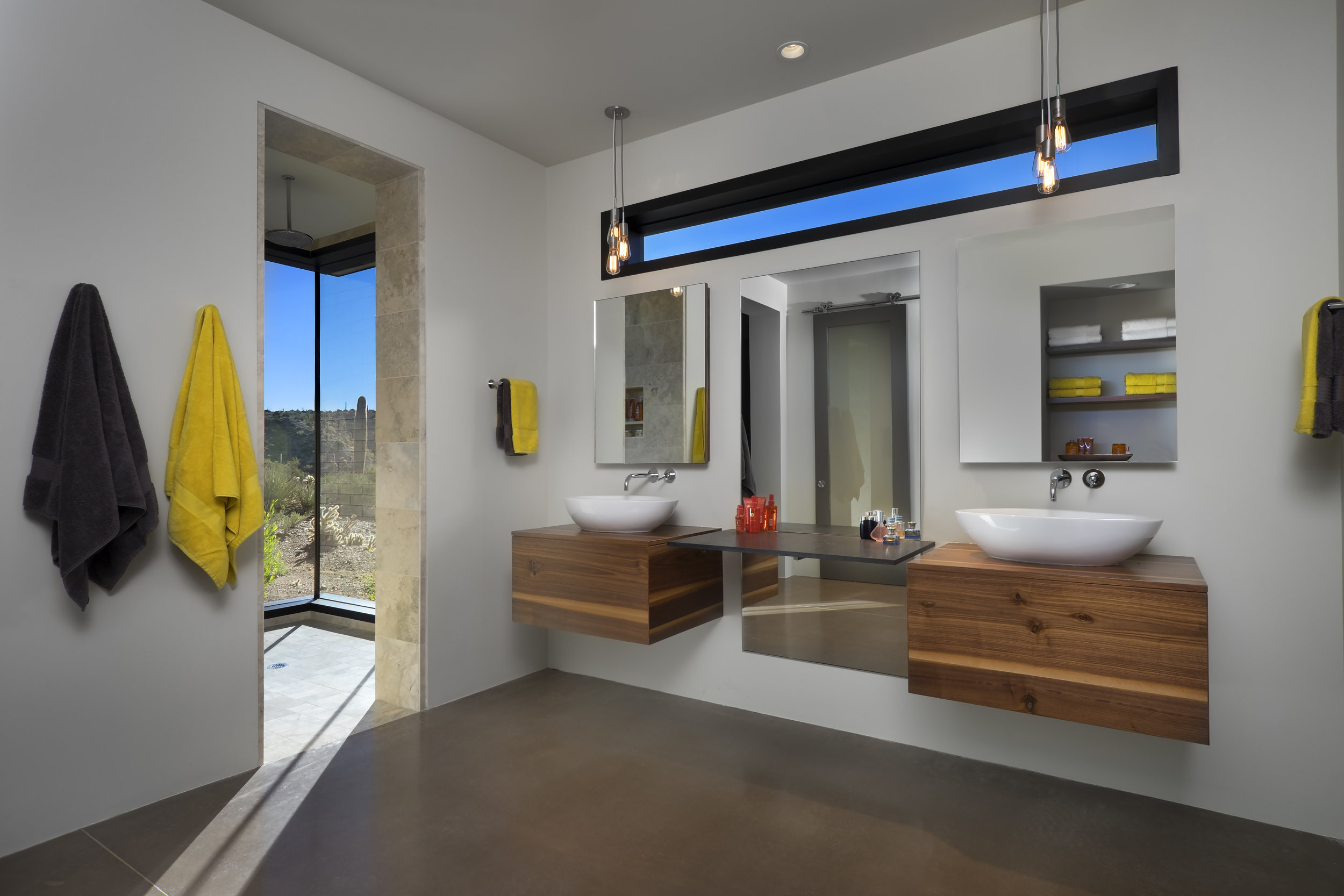 0010 - Master Bathroom.jpg