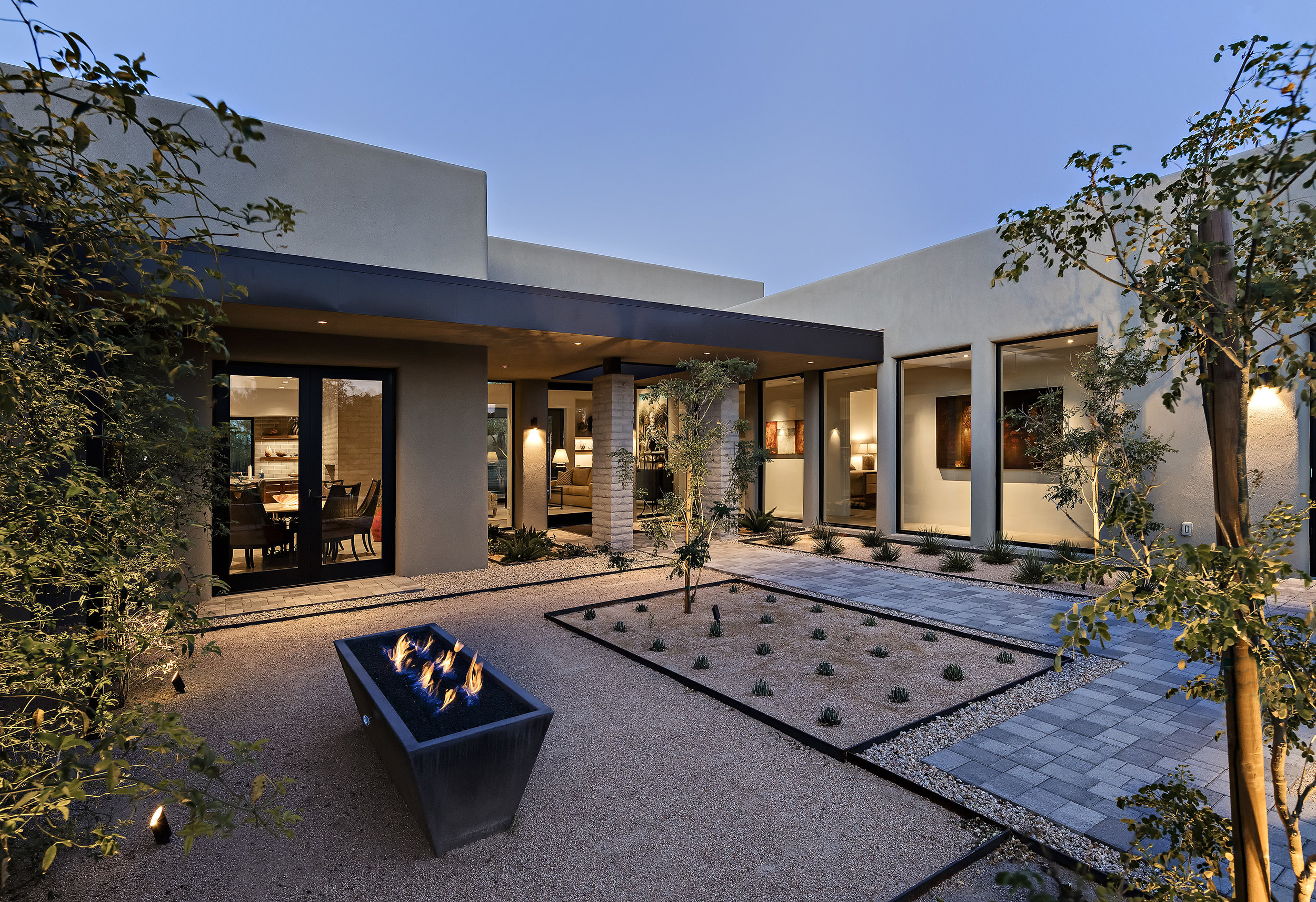 0003 - Front Exterior Fire Pit.jpg