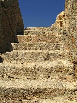 stairs-2625235__340.jpg