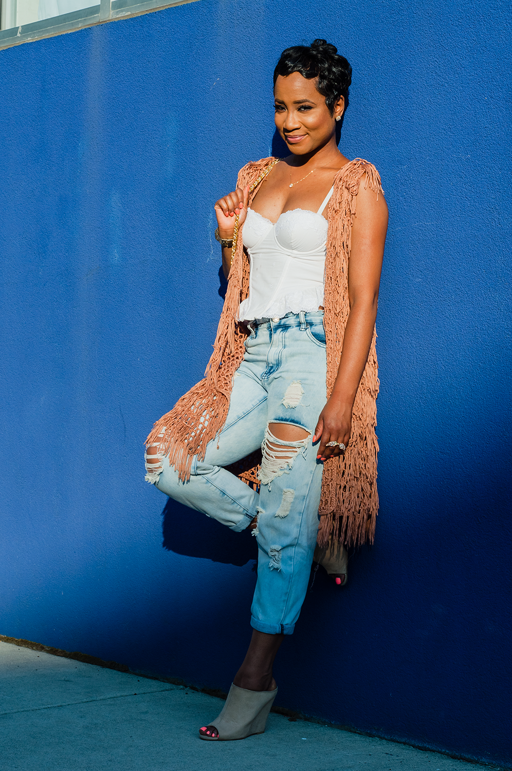 Kori Fields - Kori is the creator of HSGS. She attended Cass Technical High School. She is a renaissance woman who does make-up, set-building and fashion blogging. It is her passion to cultivate a positive self-image in young women that brought this organization to life!