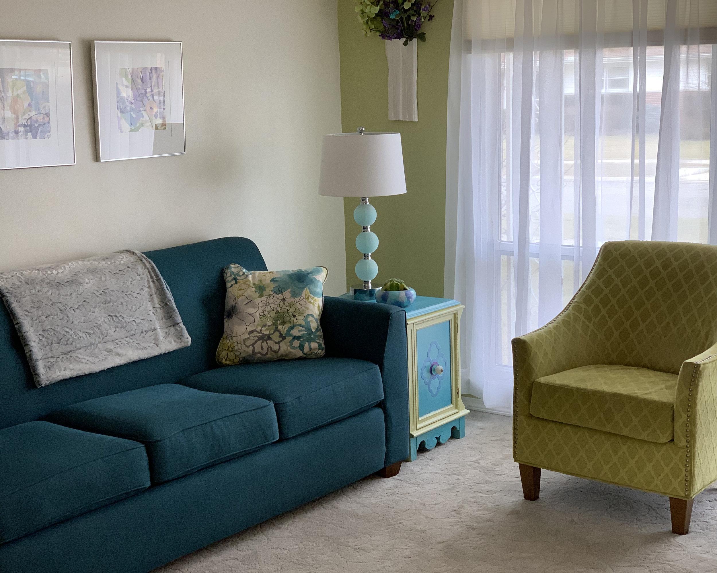 Eclectic Modern Living Room1.jpg