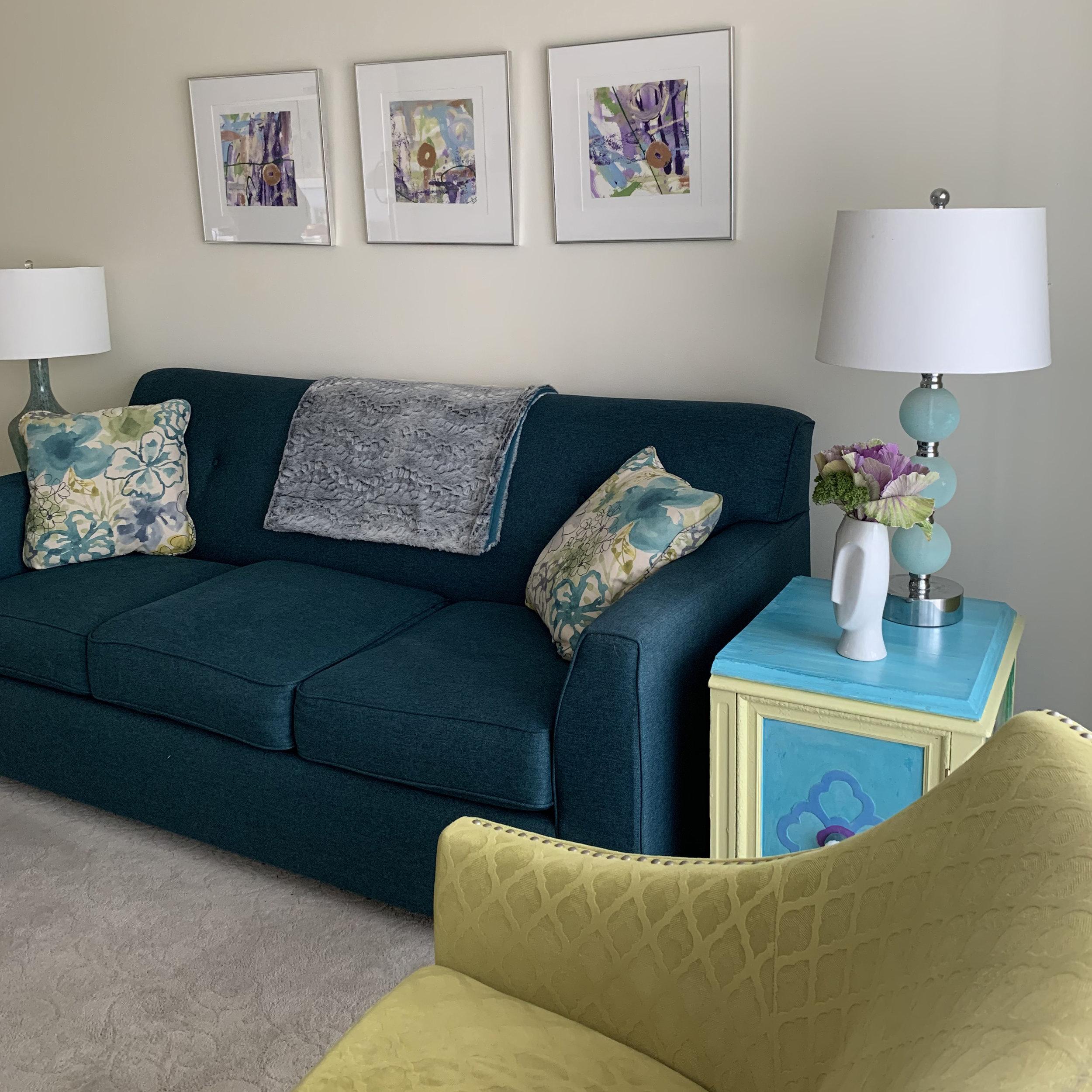 Eclectic Modern Living Room4.jpg