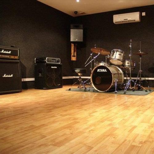 studio_muso_monster_studio_ rehearsalroomsbrighton.jpg