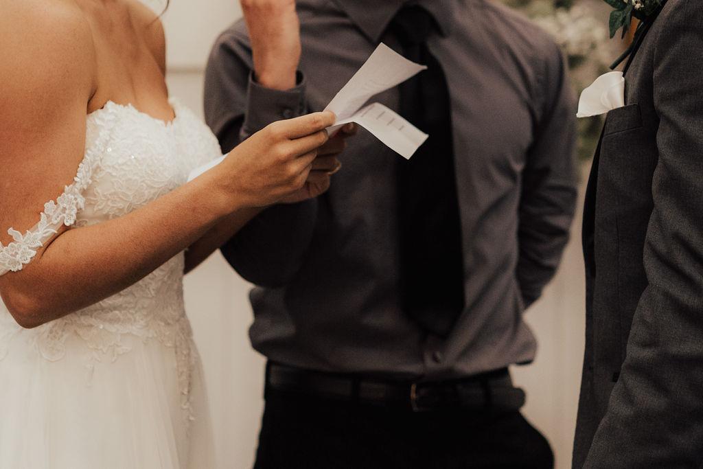 StLouis-Wedding-Photographer-Taylor+Michael-Ceremony148.jpg