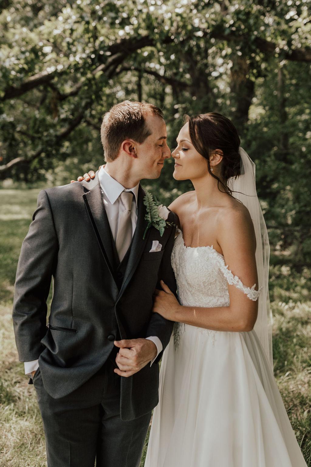 StLouis-Wedding-Photographer-Taylor+Michael-Portraits29.jpg