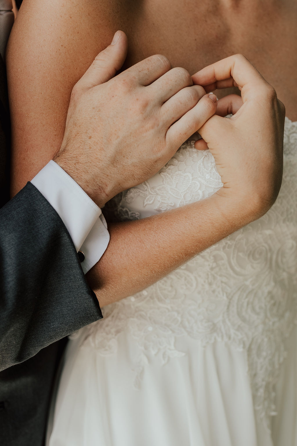 StLouis-Wedding-Photographer-Taylor+Michael-Portraits50.jpg