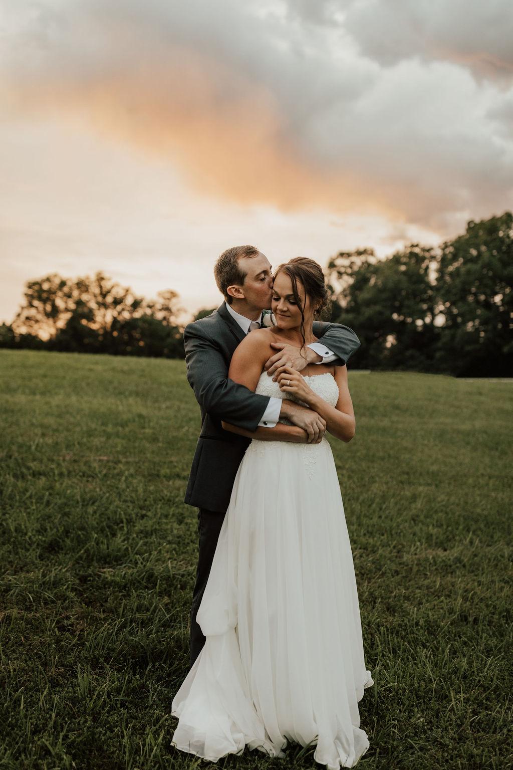 StLouis-Wedding-Photographer-Taylor+Michael-Portraits298.jpg