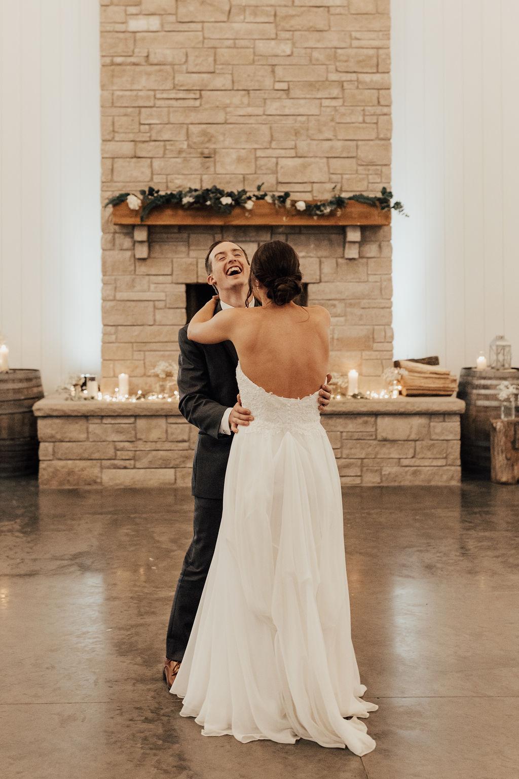 StLouis-Wedding-Photographer-Taylor+Michael-Reception139.jpg