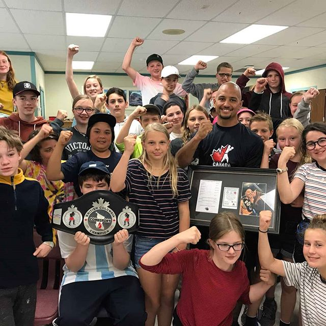 Super proud of our foreman Marcus Davies and all the work he does in the community!  Marcus has an incredible Storey that he shares with youth groups in Vancouver and here on the Sunshine Coast.  To anyone on the coast this evening, come cheer on out local boxing talent at the War on the Shore!  #sunshinecoastbc #boxing #boxingskills #secheltbc #Canada #canadianfitness #determination #boxingbc #boxingcanada #gibsonsbc #sunshinecoastfitnessblogger #robertscreekbc #canadaboxing #rivalboxing #rivalboxinggear #quebecboxing #boxingvancouver #strengthandconditioning #wilsoncreekbc