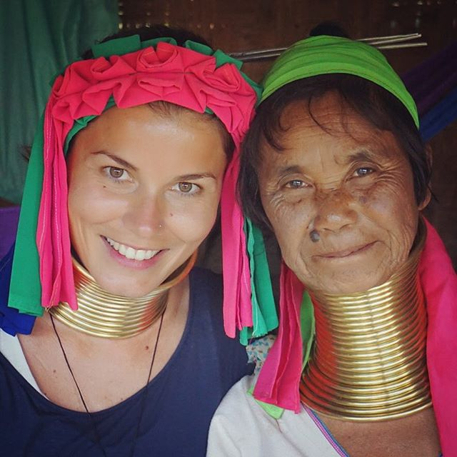 So grateful to have had the chance to meet you 🇲🇲💖 #village #myanmar #unforgettable #experience #women #wayakena #wearetravelgirls #sheisnotlost #donnavventura #wanderlust #travel #travelphotography #beautiful #eyes #colour #stayandwander #pechinoexpress #turistipercaso #bbctravel #natgeo #mytinyatlas #asia #burma #asian #doyoutravel #welivetoexplore #roamtheplanet #smile