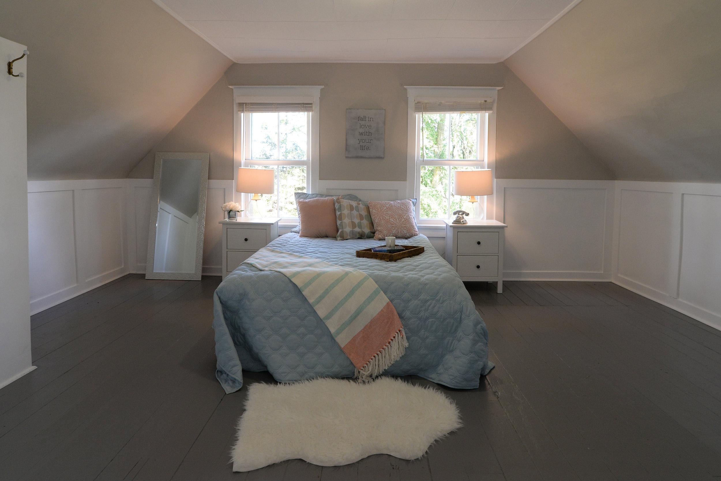 Bedroom B-Edit.jpg