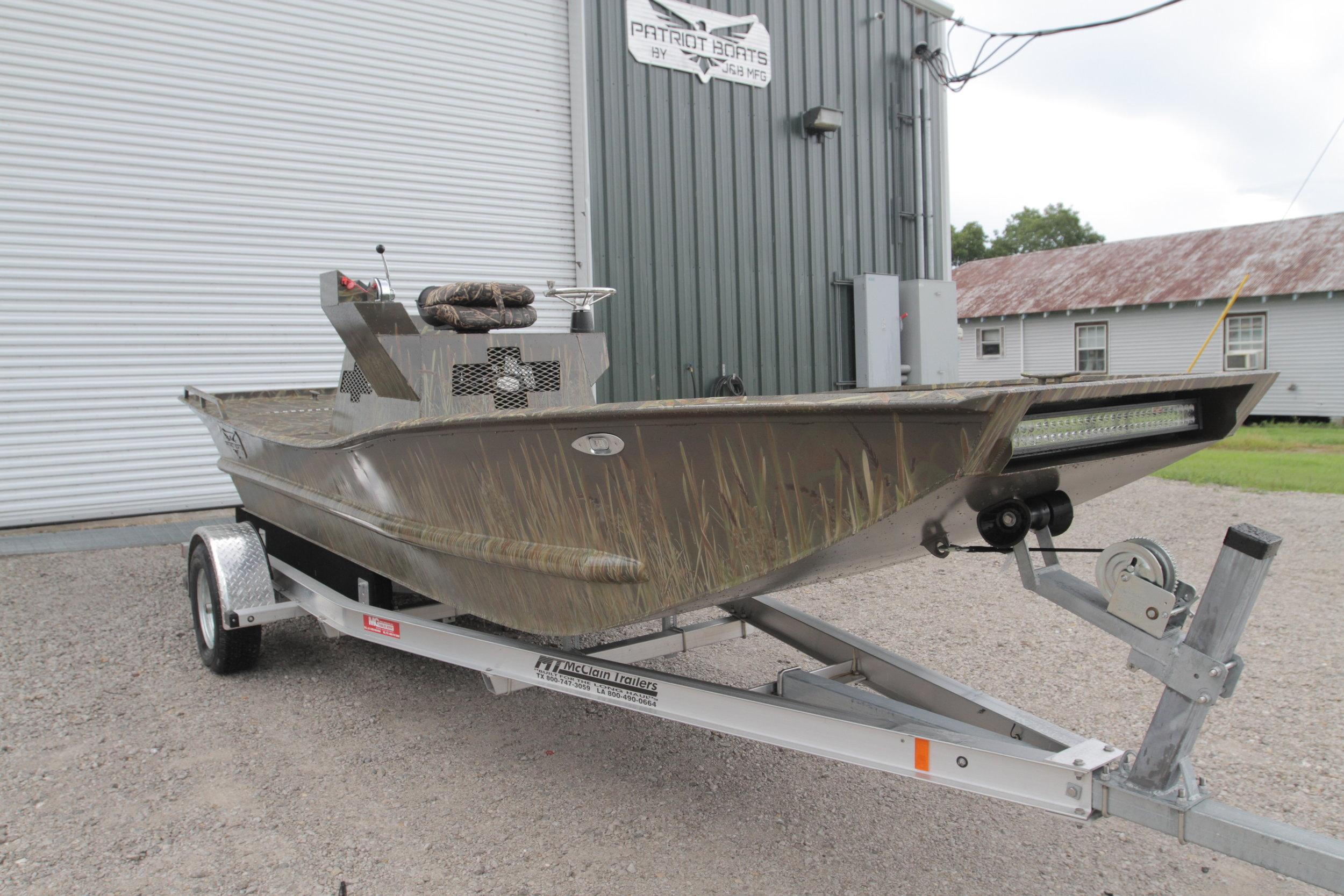 - 20ft duck boat