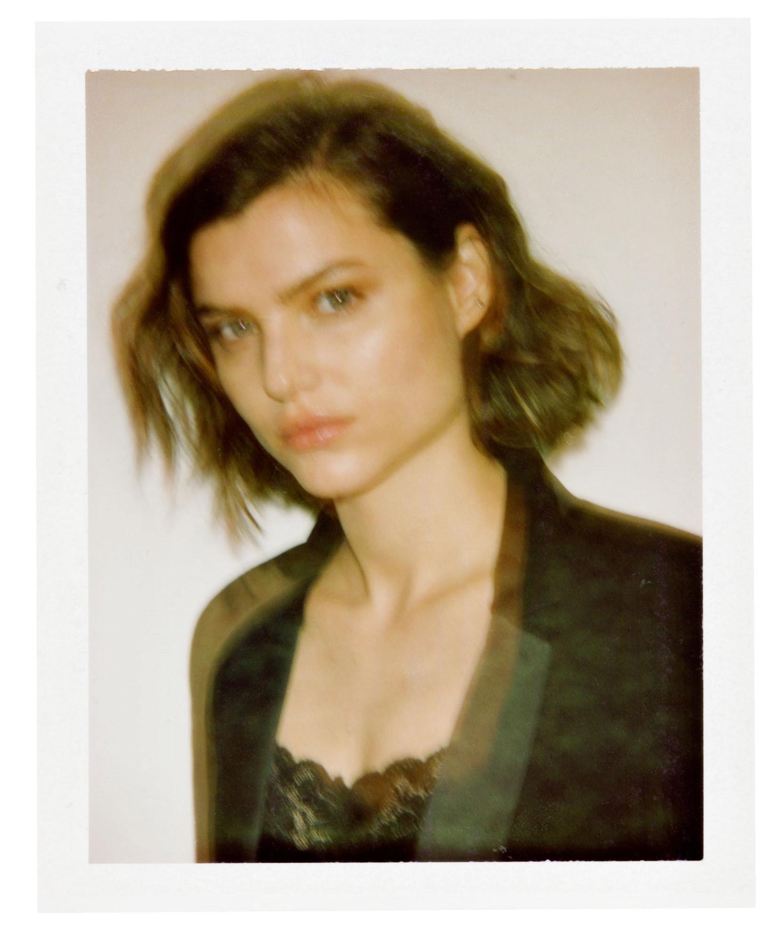 Emilia_Vuciniv_Models_dot_13_web-1600_06.jpg