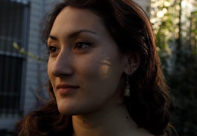 Kristen Volpone , Level 3 Reiki Practitioner, Yin Yoga Teacher, and Sound Healer